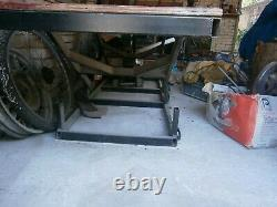 Motorcycle bench lift 3 height settings. Able to hold heavy duty motorbikes