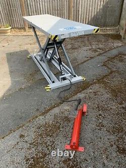 Table Hydraulique De Levage De Moto